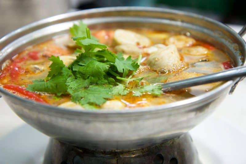 Tom Yam - Les meilleurs plats thaïlandais en 2021 - Que faire en thailande