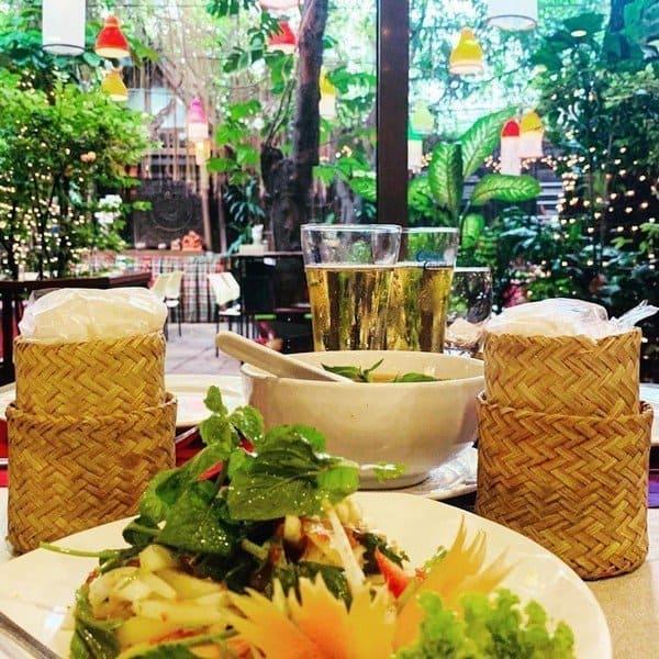 Repas - Cabbages et Condom : un restaurant insolite à Bangkok - que faire en thailande