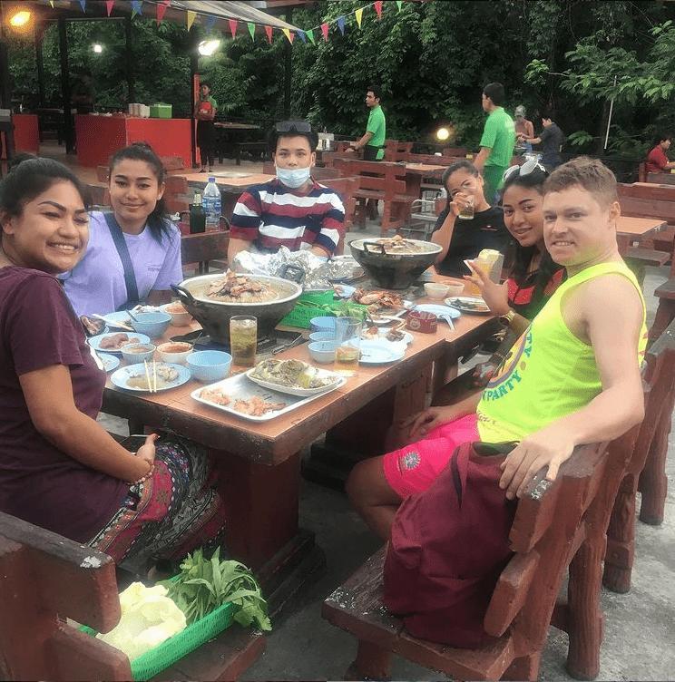 Se faire de vrais amis thaïlandais - que faire en thailande
