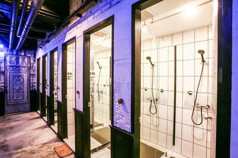 Douches L'atelier Posh Phuket - Meilleures auberges de jeunesse à Phuket