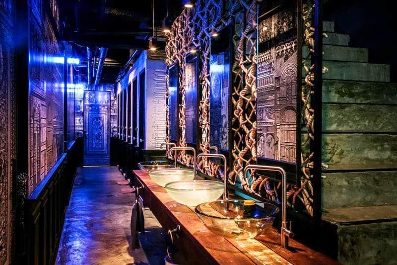 Restroom L'atelier Posh Phuket - Meilleures auberges de jeunesse à Phuket