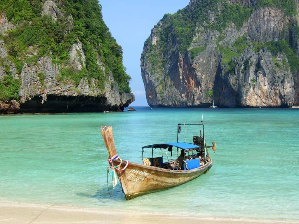 Ko Phi Phi - 5 raisons de visiter Phuket en 2021