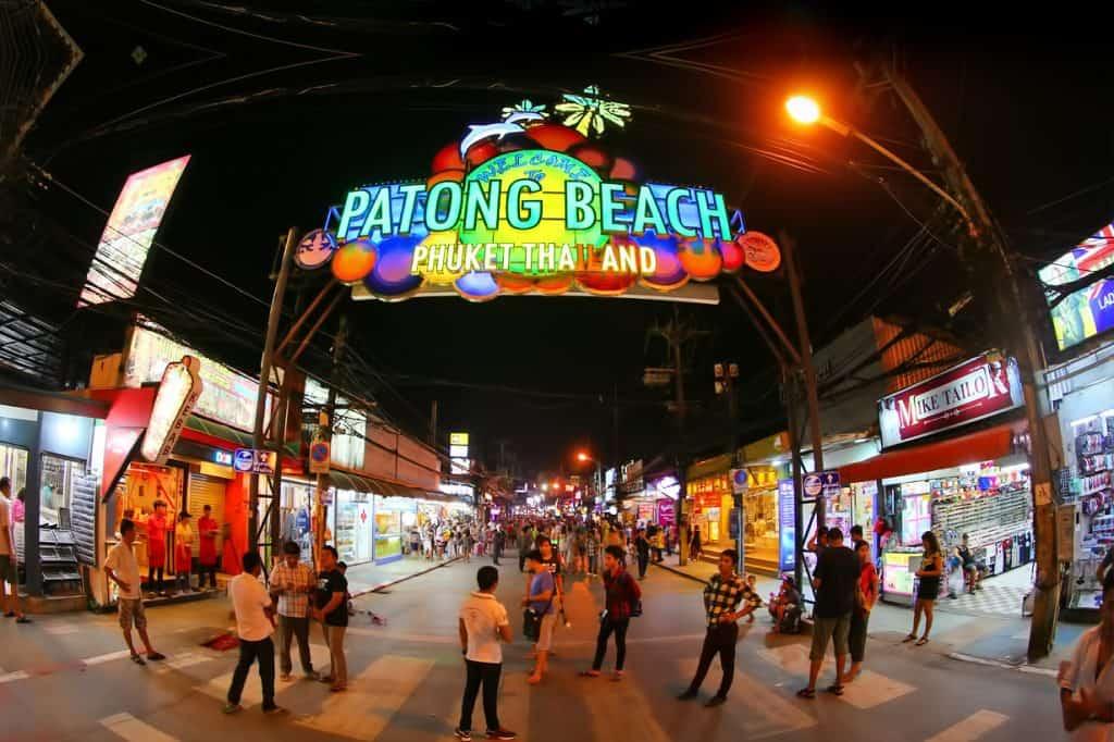 Patong Beach - Quel est le MEILLEUR QUARTIER de Phuket en 2021