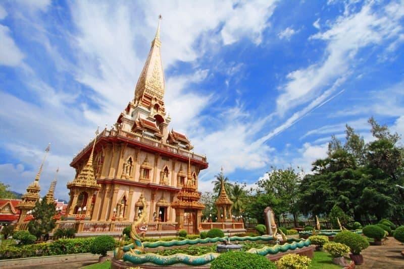 Wat Chalong - 5 raisons de visiter Phuket en 2021