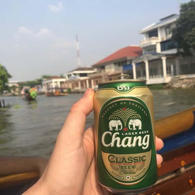 wat arun beer - consommation illégale d'alcool - 8 choses à ne PAS faire en Thaïlande pour éviter de finir en prison - que faire en thailande
